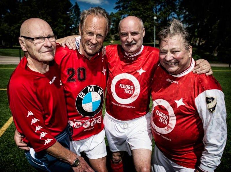 En gång IFK, alltid IFK. Vasemmalta Matti Haahti, Torbjörn Wiik, Trygve Wahlbeck ja Gary Sundberg.