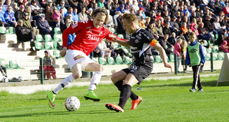 Joni Korhonen oli NuPS-ottelun hahmo kahdella maalilla ja kolmella maalisyötöllä. Kuva viime vuoden FC Lahti -ottelusta.
