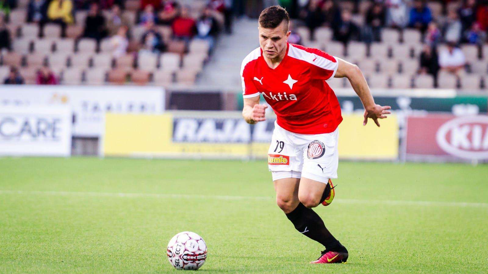 Aleksi Ristola pelasi ensimmäisen ottelunsa IFK-paidassa. Kuva: Riku Laukkanen